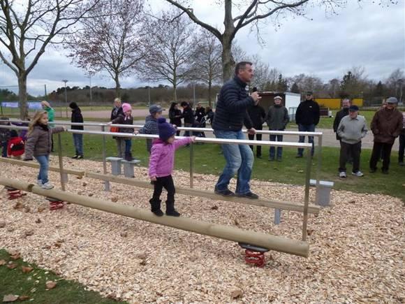 Generationenbewegungsparcours im Familiensportpark West